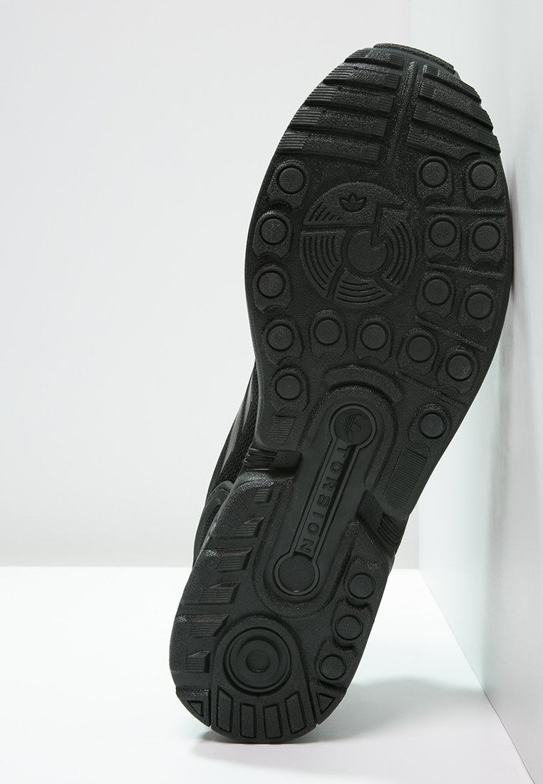 adidas Originals ZX FLUX - Sneakersy niskie - schwarz