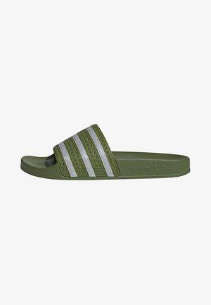 ADILETTE SLIDES - Sandales de bain - green