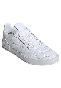 adidas Originals - Matalavartiset tennarit - white - 2