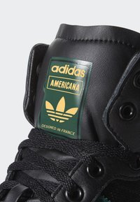 adidas Originals - AMERICANA HI SHOES - High-top trainers - black - 5