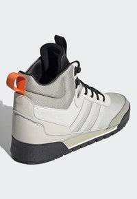 adidas Originals - BAARA BOOTS - High-top trainers - white/grey - 4