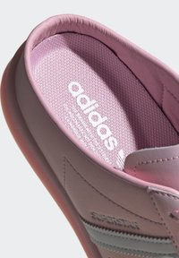 adidas Originals - SUPERSTAR MULE SHOES - Sneakers laag - pink - 8
