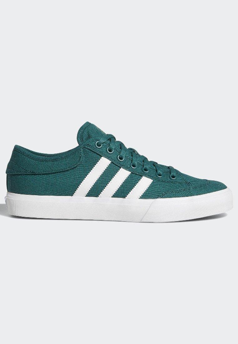 Basse Basse MatchcourtSneakers Green Adidas Adidas Originals MatchcourtSneakers Originals qzLpMVSUjG