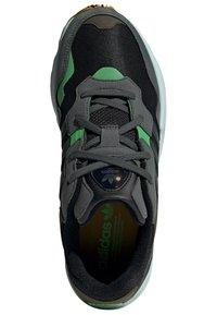 adidas Originals - Tenisky - black - 1