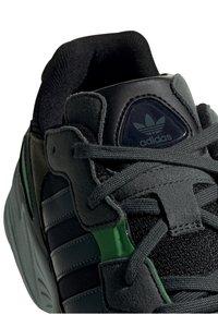 adidas Originals - Tenisky - black - 5