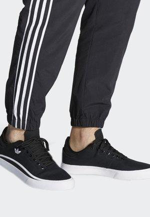 SABALO SHOES - Skate shoes - black