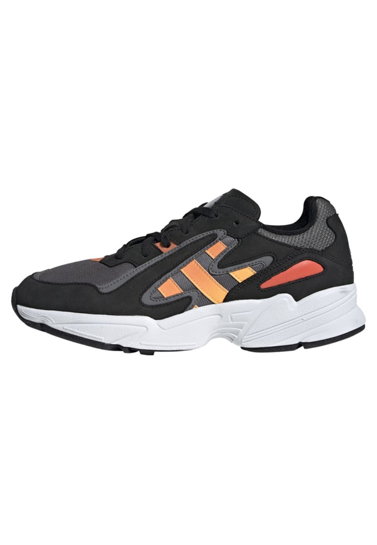 adidas Originals - YUNG-96 CHASM SHOES - Sneaker low - black