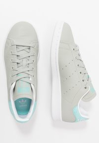 adidas Originals - STAN SMITH - Sneakers basse - ash silver/easy mint/footware white - 1