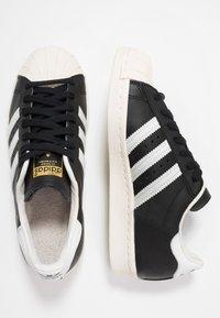 adidas Originals - SUPERSTAR 80S - Sneaker low - black/white/chalk - 1
