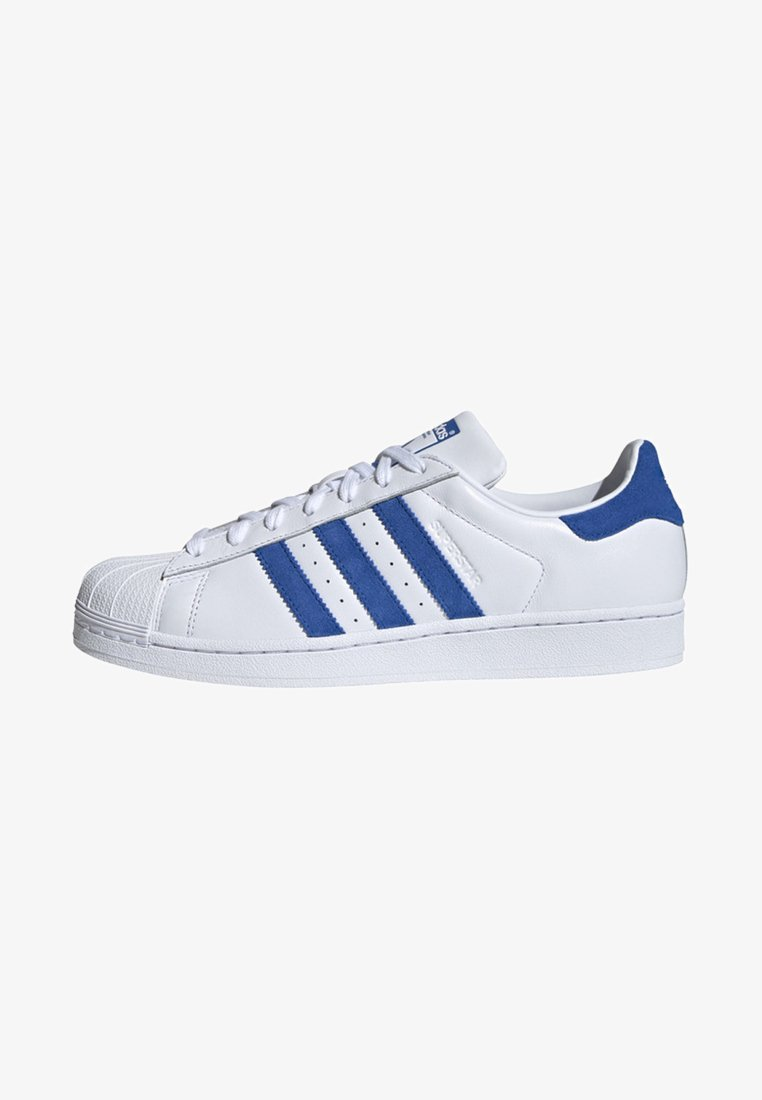 adidas Originals - SUPERSTAR SUEDE STRIPES SHOES - Sneakers basse - white
