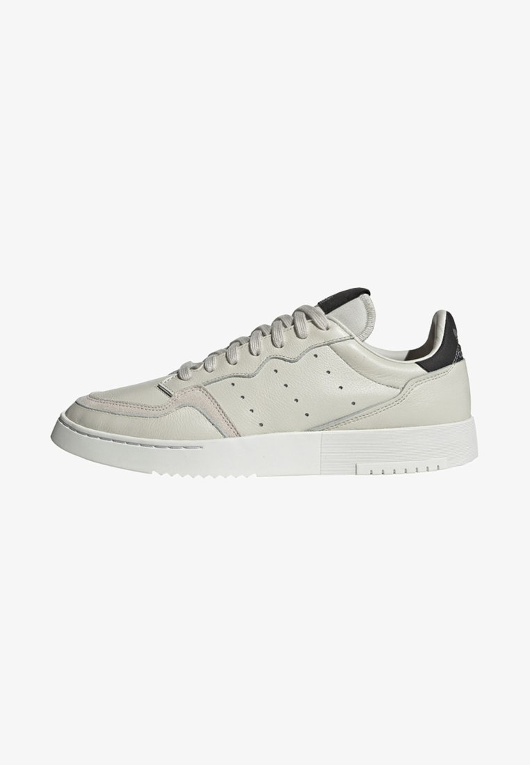 adidas Originals - SUPERCOURT SHOES - Trainers - white