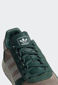 adidas Originals - MARATHON TECH SHOES - Trainers - green - 7
