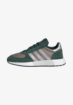 MARATHON TECH SHOES - Sneakers - green