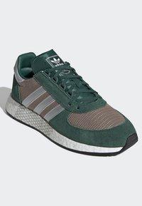 adidas Originals - MARATHON TECH SHOES - Trainers - green - 3
