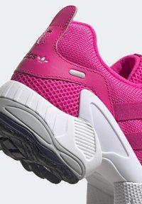 adidas Originals - EQT GAZELLE SHOES - Trainers - pink - 7