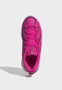 adidas Originals - EQT GAZELLE SHOES - Trainers - pink - 2