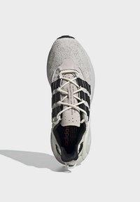 adidas Originals - LXCON SHOES - Trainers - grey - 2