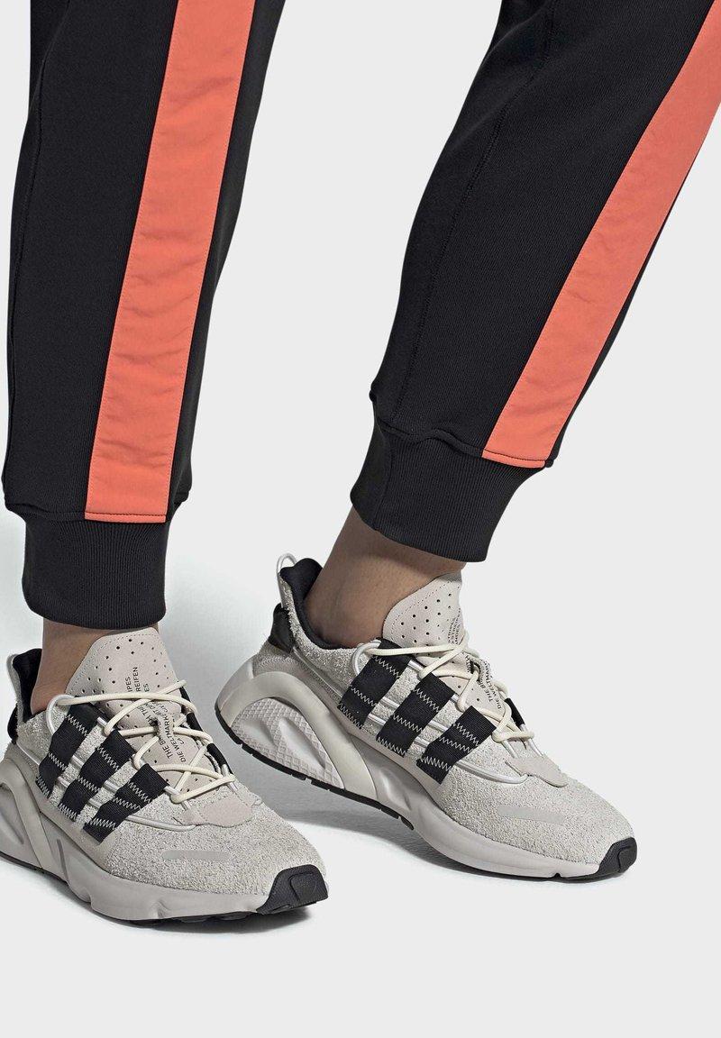 adidas Originals - LXCON SHOES - Trainers - grey