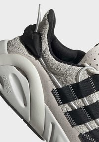 adidas Originals - LXCON SHOES - Trainers - grey - 6