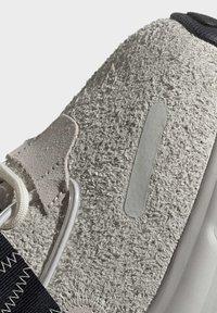 adidas Originals - LXCON SHOES - Joggesko - grey - 8