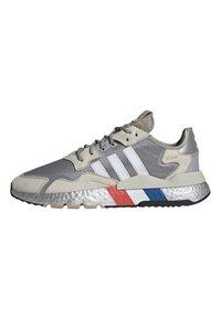 adidas Originals - NITE JOGGER SHOES - Matalavartiset tennarit - silver - 0
