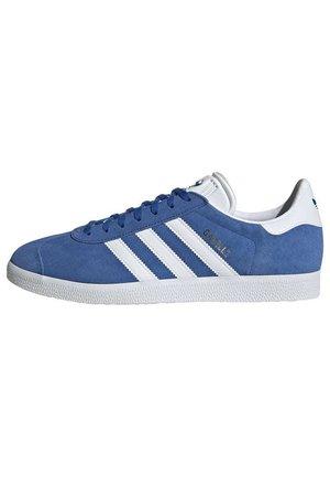 GAZELLE SHOES - Sneakers laag - blue