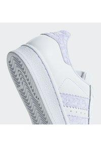 adidas Originals - Superstar Shoes - Skateschuh - white - 7