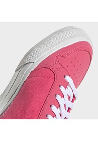 adidas Originals - CONTINENTAL VULC SHOES - Sneakers laag - pink - 7