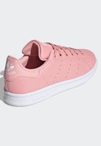adidas Originals - STAN SMITH SHOES - Sneakers basse - pink - 3