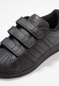 adidas Originals - SUPERSTAR FOUNDATION - Sneaker low - core black - 2