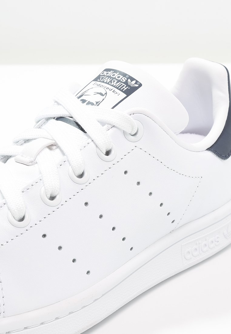 adidas Originals STAN SMITH - Sneakers basse - run white/new navy NPNiZFQ2
