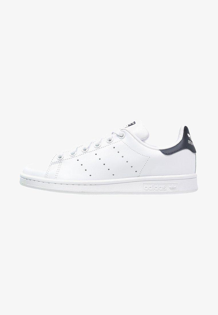 adidas Originals - STAN SMITH STREETWEAR-STYLE SHOES - Sneaker low - run white/new navy