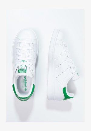 STAN SMITH - Matalavartiset tennarit - ftwr white/core white/green