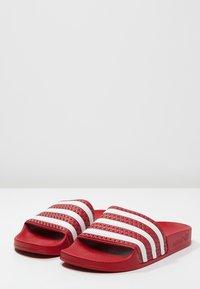 adidas Originals - ADILETTE - Badslippers - light scarlet/white - 2