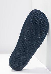 adidas Originals - ADILETTE - Pool slides - blue/white - 4