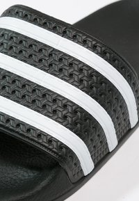 adidas Originals - ADILETTE - Pool slides - black/white - 5
