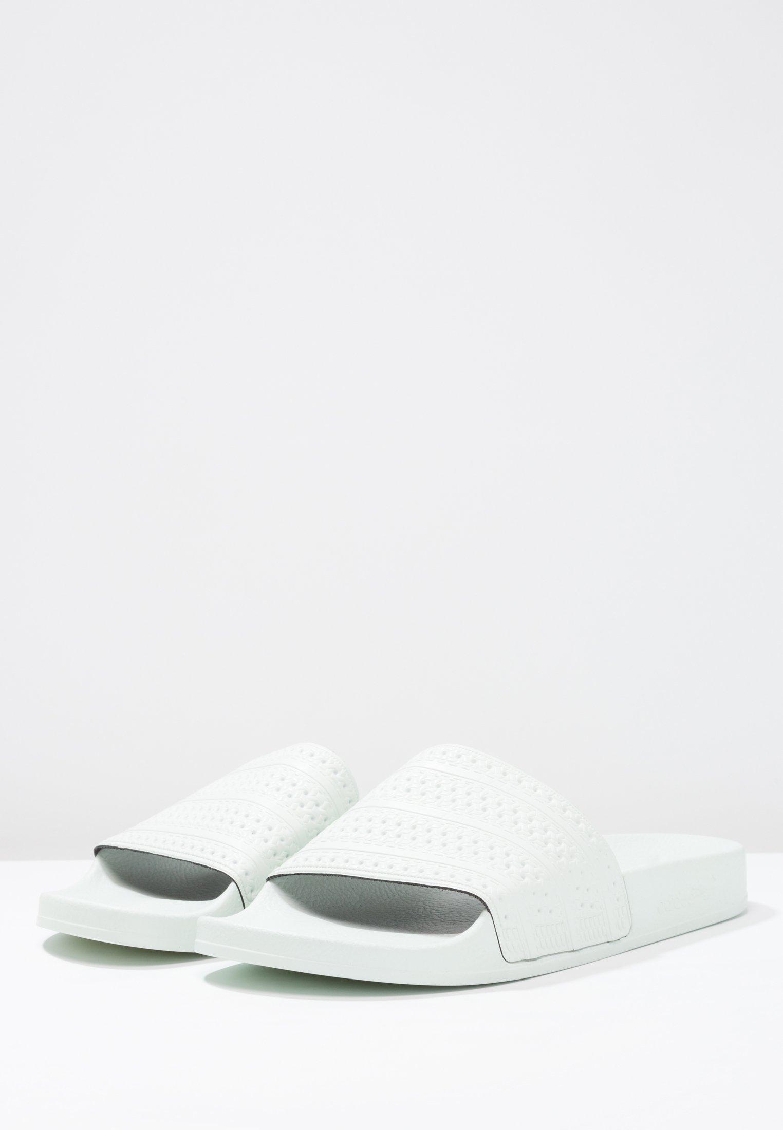 AdiletteSandales Linen Green Bain Adidas Originals De txhrsQdC