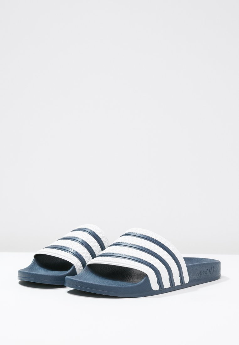 adidas Originals ADILETTE - Badsandaler - adiblu/white