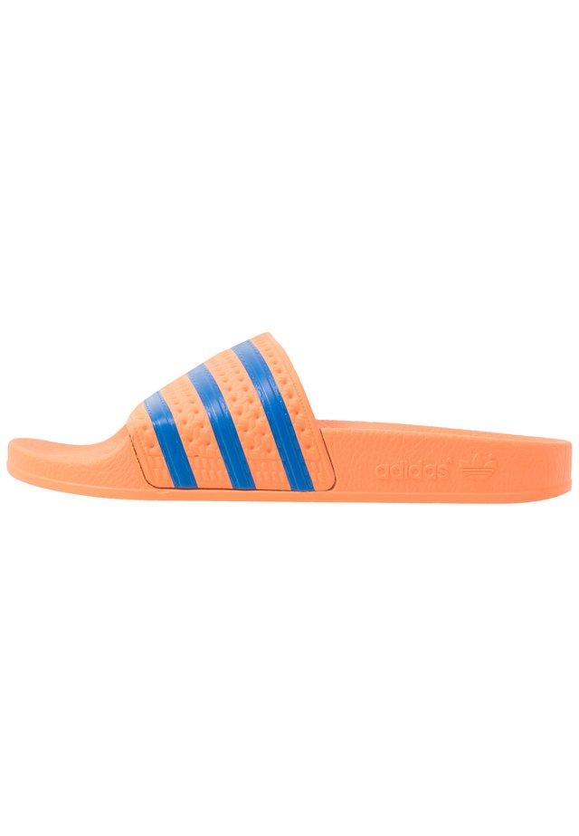 ADILETTE - Slip-ins - glow blue