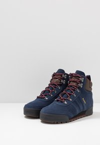 adidas Originals - JAKE BOOT 2.0 - Snörstövletter - collegiate navy/maroon/brown - 2