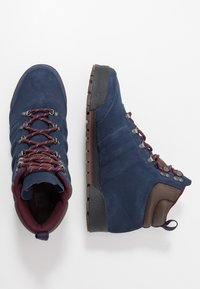 adidas Originals - JAKE BOOT 2.0 - Snörstövletter - collegiate navy/maroon/brown - 1