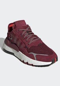adidas Originals - Joggesko - red/white - 2