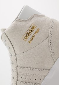 adidas Originals - BASKET PROFI - High-top trainers - crystal white/gold metallic - 5