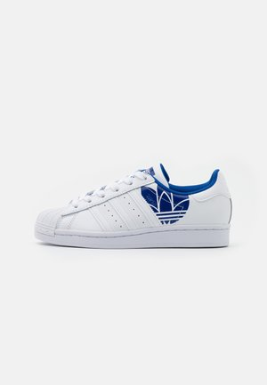 SUPERSTAR SPORTS INSPIRED SHOES - Matalavartiset tennarit - footwear white/team royal blue