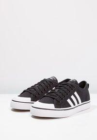 adidas Originals - NIZZA - Sneaker low - core black/footwear white - 2