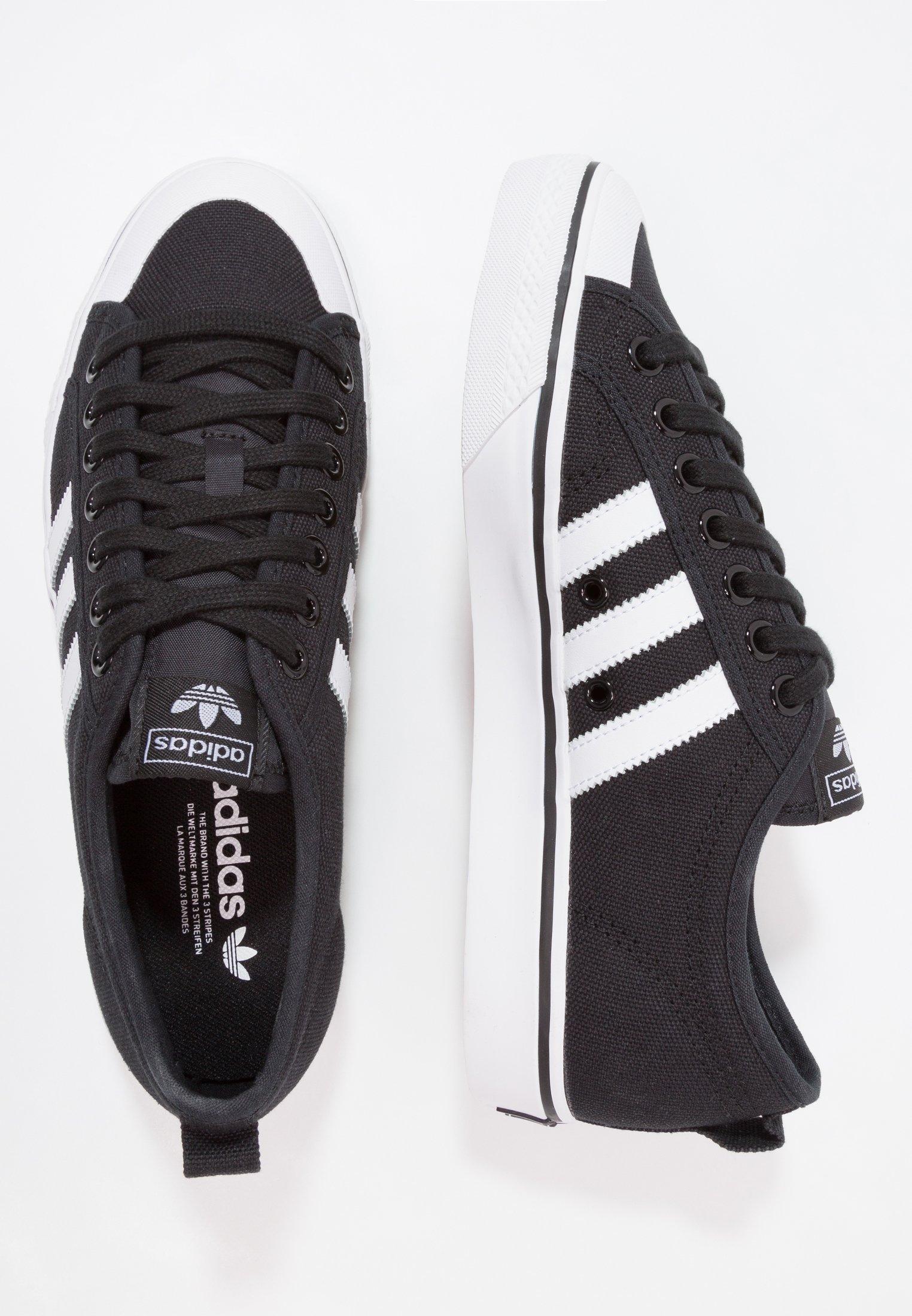 adidas Originals NIZZA - Sneakersy niskie - core black/footwear white