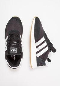 adidas Originals - I-5923 - Joggesko - core black/footwear white - 1