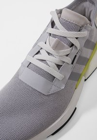 adidas Originals - POD-S3.1 - Joggesko - grey - 5