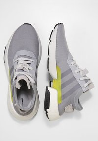 adidas Originals - POD-S3.1 - Joggesko - grey - 1