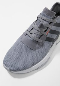 adidas Originals - POD-S3.1 - Sneakers basse - grey - 5